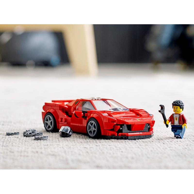 Ferrari Tributo V8: Έπιπλα Εσωτερικού & Εξωτερικού Χώρου